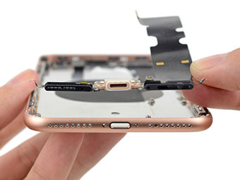 iphone-xs-charging-port-replacement